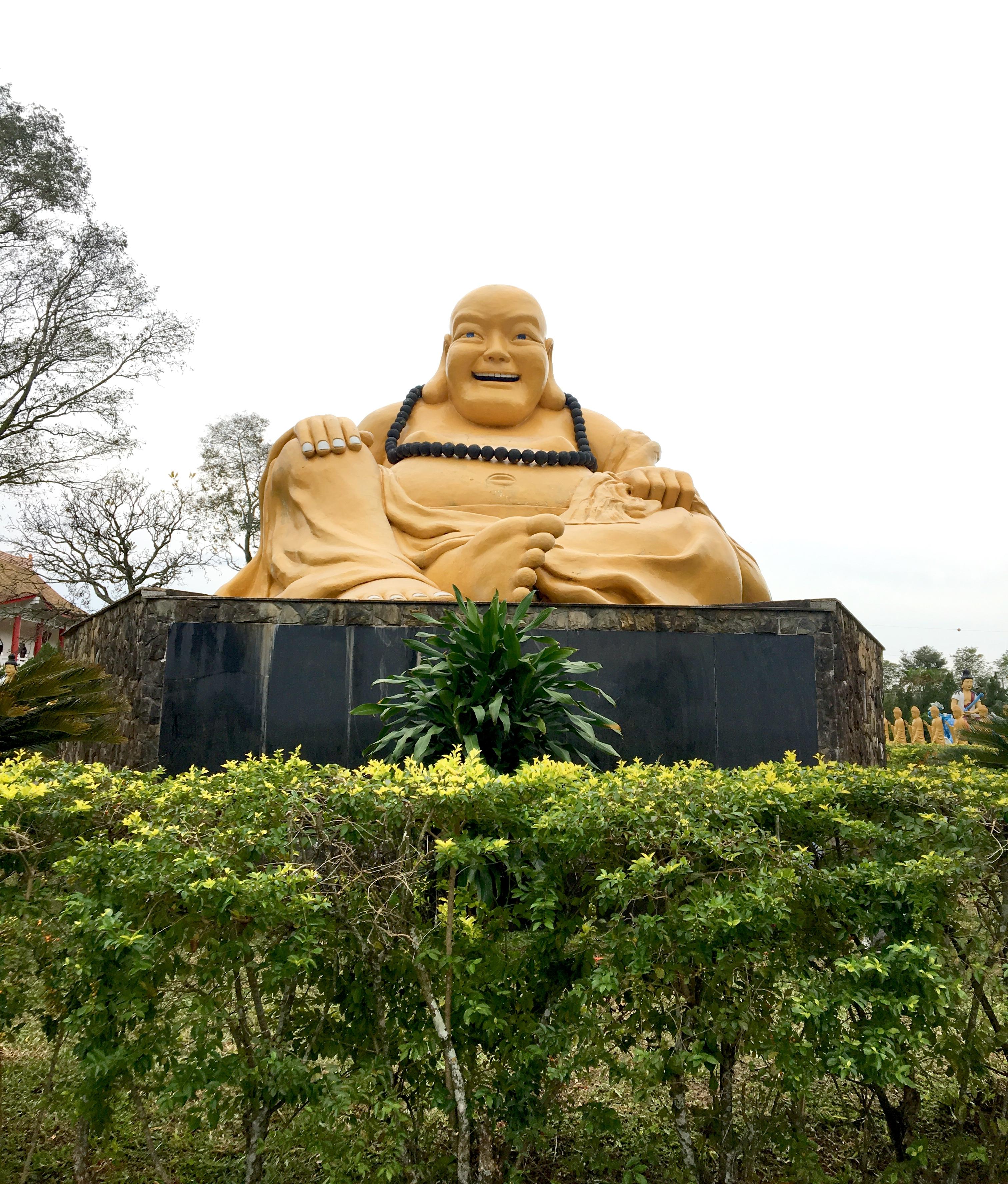 Estátua de Buda no templo Chen Tien